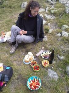 Колко е добре, когато някой остава да ни чака на Еленино езеро, под връх Мальовица! Този